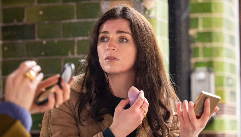 Aisling Bea Is Ready to Feel Better Now, Please  - July 14th, 2021